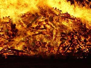 Ausschnitt eines Martinsfeuers