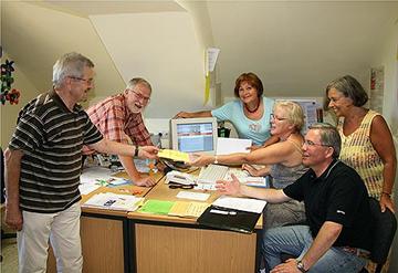 Die seniorTRAINERinnen und seniorTRAINER treffen sich regelmäßig im Mehrgenerationenhaus in Wittlich.