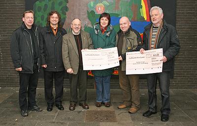 Das Foto zeigt bei der Spendenübergabe: Frank Wilhelmi, Thomas Siessegger, Heribert Kappes, Ingrid Wagner, Hermann Becker, Günter Stolz (von links nach rechts).