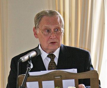 Festredner Prof. Erwin Schaaf.